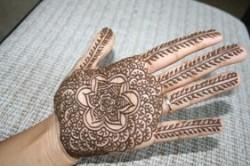 1-henna_hand_houston